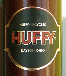 Huffy 4887 Badge - Bicycle History