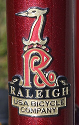 Raleigh 745 4552 badge - Bicycle History